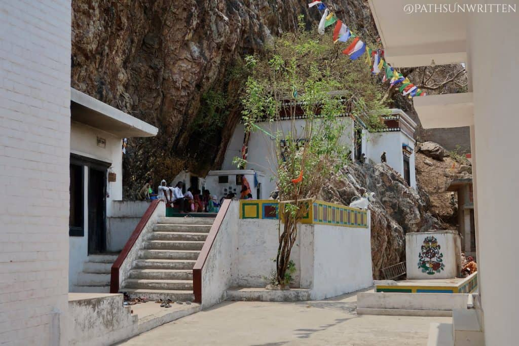 Line to enter the small cave shrine
