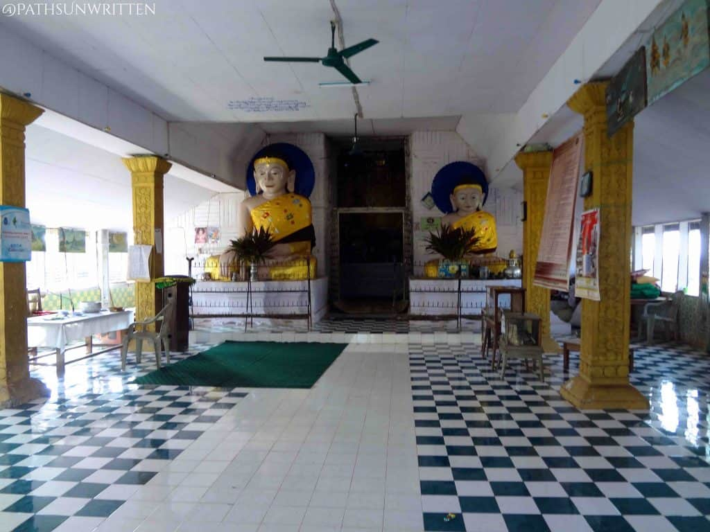 The main hall of the temple interior.