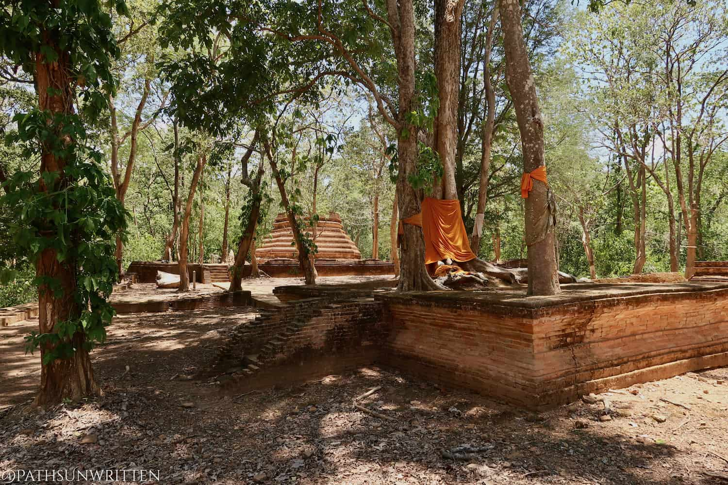 Chiang Mai's Lost Jungle Ruins: Ancient Saengchan & Phra Non