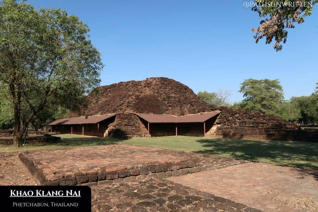 Want Khao Klang Nai is a large, ruined Dvaravati stupa in Si Thep Historical Park.