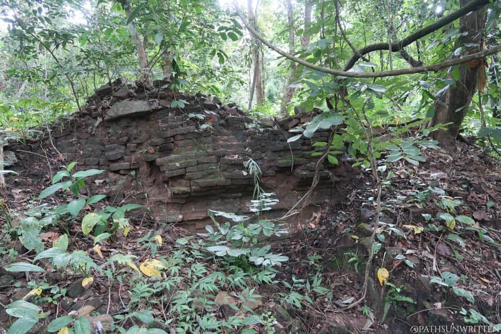 Ruined brick wall at the Nong Ngu Archaeological Site
