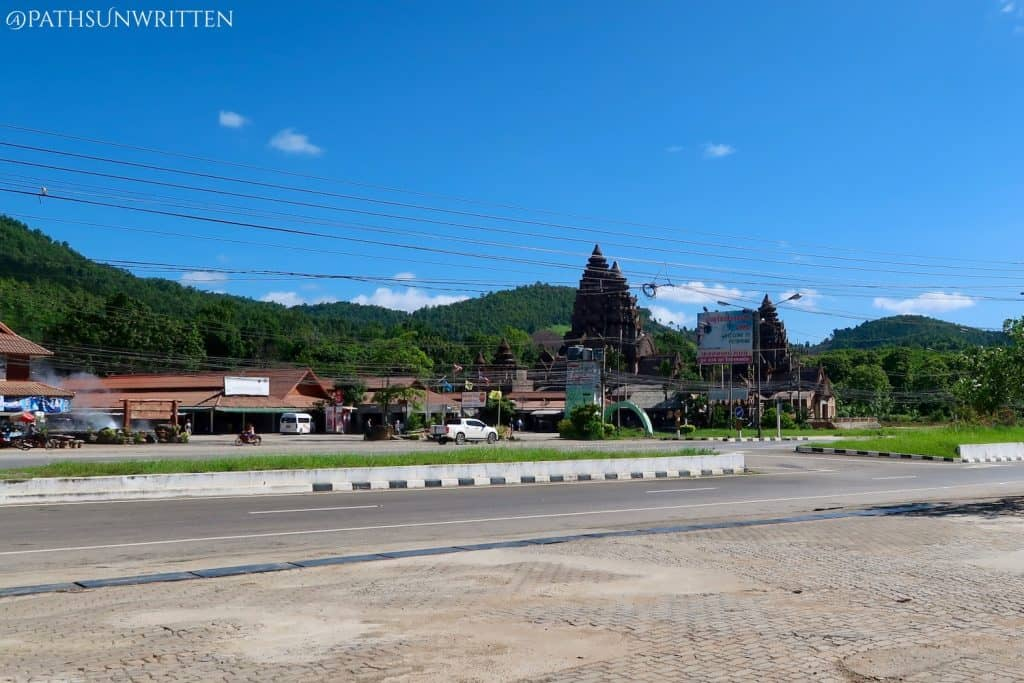 The Mae Kachan Hot  Springs and Angkor resort from across the road.