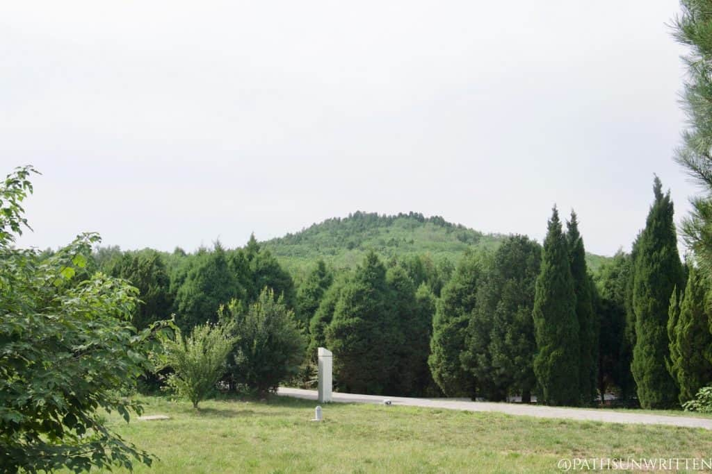 Distant view of the Qin Shi Huang pyramid