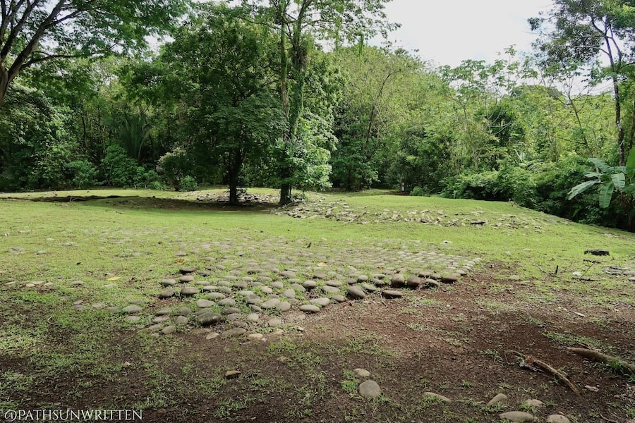 Stone pavement and platform mounds at the Grijalba 2 site in the far southwest of Costa Rica also share similar designs